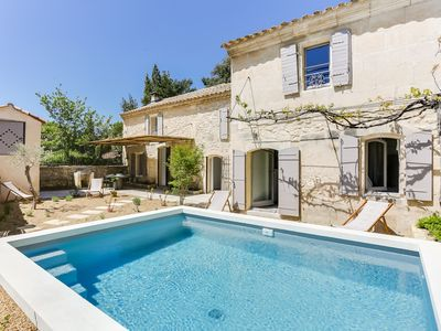 Photo for Very nice farmhouse completely renovated in charming Provençal village