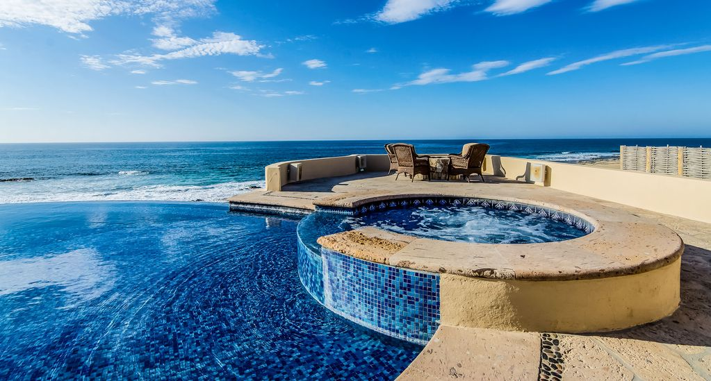Beachfront casa kash with ocean view homeaway for The cape los cabos