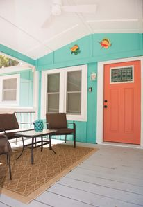 WELCOME to Sea Island Serentity- enjoy a coffe on our screened in porch