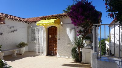 Photo for Holiday house with stunning sea views on the outskirts of Puerto de la Cruz