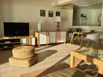 Photo for Salou very nice air-conditioned apartment 1st line, wifi, direct access to the sea, 2 parking