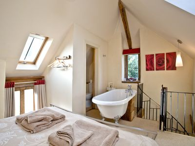 Photo for Award winning Sweet Rose Cottage on The English Riviera