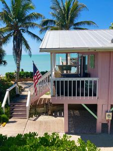 "Photo for ""Little Gasparilla Island"" Florida-Gulf Front Cottage on Beach-Dock-Pets-1550/wk"
