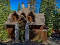 Beautiful and convenient location of visiting Yosemite.