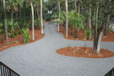 Gorgeous Front yard and circular driveway.