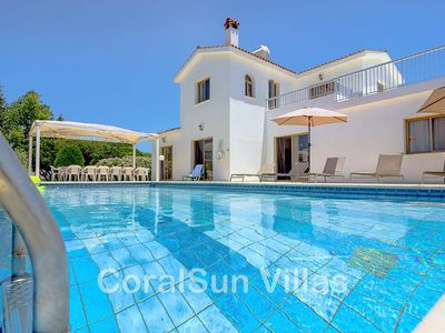 Photo for Large Villa in Coral Bay, Short Walk to all Amenities & the Beach - Sleeps 15