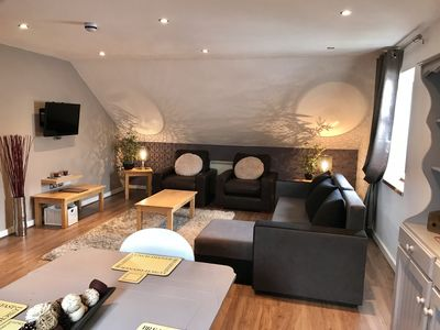 Photo for 2 Bedroom Penthouse Apartment sleeps x 6
