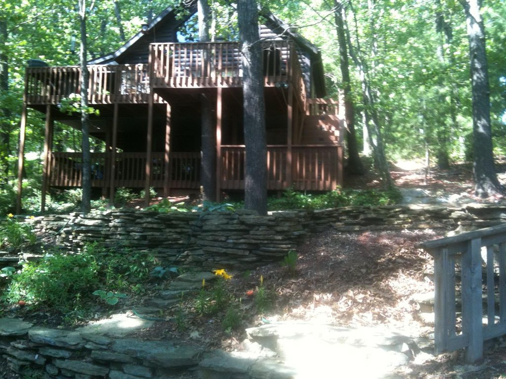 Log cabin in the woods by a lake - Log Cabin In The Woods Relaxing Outdoor And Cozy Indoor Living Near The Lake