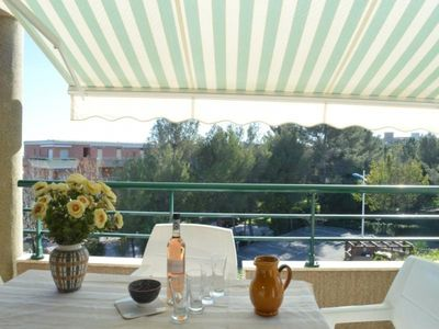 Photo for Apartment Cavalaire-sur-Mer, 3 bedrooms, 6 persons