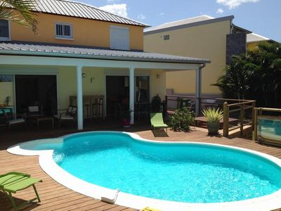 Photo for Charming villa with heated pool and jacuzzi (8 people).