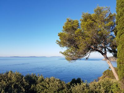 Photo for Villa 7 minutes walk from the city center, 5 minutes from the sea and St Tropez 15 km