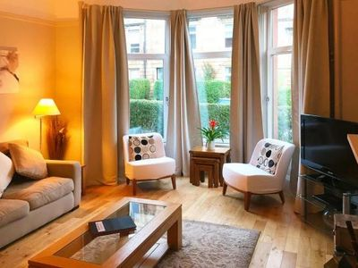 Photo for Holiday flat, Glasgow  in Glasgow - 4 persons, 2 bedrooms