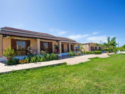 Photo for Bungalows Agathi, Roda  in Korfu - 5 persons, 2 bedrooms