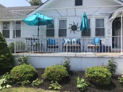 Photo for GREAT LOCATION sleeps 6 One block from longport and great Resturants