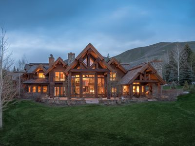 Photo for Fairway Road Lodge-Style Log Home