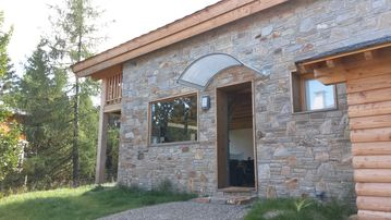 SUPER BOLQUERE new chalet lightfull sunny glass, stone and wood.