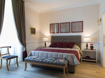 Photo for EXCEPTIONAL APARTMENT TO THE VATICAN, LUXURIOUS, NEW, JACUZZI SPA, CASA LUIGI.