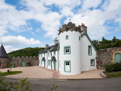 Photo for DRYBURGH STIRLING ONE - sleeps 4 in 2 bedrooms near St Boswells