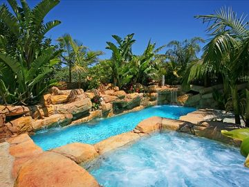 Tropical Paradise Laguna Beach Villa w/Luxury Pool & Spa - Short walk to Beach