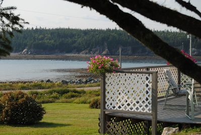 Cassidy Lane by the Sea overlooks Maces Bay on the magnificent Bay of Fundy