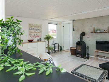 Search 55 holiday lettings