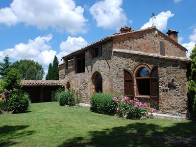 Photo for Magnificent stone house in the heart of Tuscany