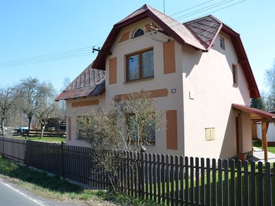Photo for Beautiful, detached holiday home with terrace in the quiet place