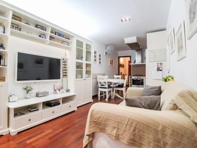 Photo for Perfect & comfy flat near Park Guell