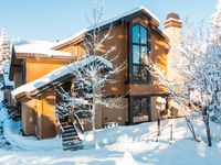 Great Ski-Out/Ski-In Vacation Home