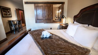Photo for White Buffalo Club - 2 Bedroom Suite