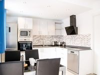 A compact, modern, extremely well equipped apartment in a good location. Very clean and good value f