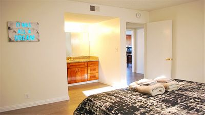 Photo for Affordable cute 2B2B apt with prime location.
