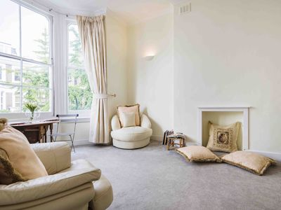 Photo for Spacious Coleherne Road apartment in Earl's Court with .