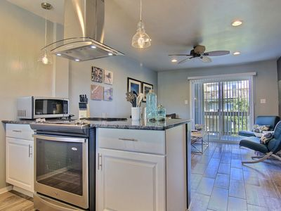 Photo for 3 Bedroom Courtyard View Condo-Sleeps 6!  Large Pool-Private Fishing Pier