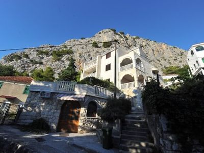Photo for 1BR Apartment Vacation Rental in Split-Dalmatia County, Op?ina Omiš