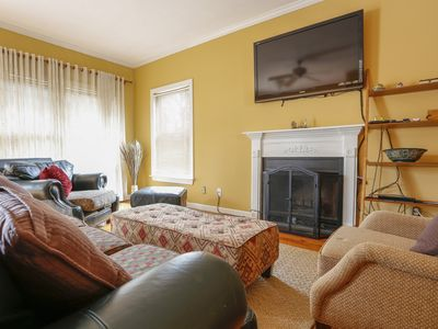 Photo for Mi-Casa (3)  3 Br, 2.5 Ba House - Walking distance GSU Football Stadium.