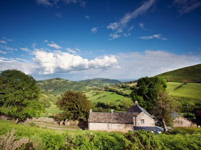 Situated in an idyllic spot, surrounded by beautiful countryside