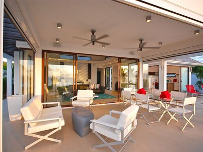 Luxury Beachfront Villa With Top Reviews & 3rd Bedroom Option. All Private!