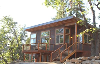 Photo for Just built in 2016 and only 20 minutes from Yosemite Valley!  Enjoy beautiful sunsets, canyon vie...