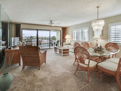 Photo for Land's End 406 building 3 Private Balcony with BAY views / End unit!