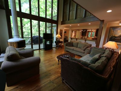 Photo for Stunning 4 Bedroom Chalet in Marietta, Corporate Rental, 3 parking space