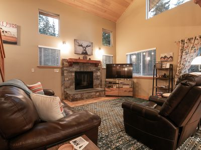 Photo for Beautiful home with all the comforts of home OR MORE!!  Hot tub, Free WIFI,