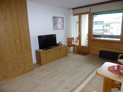 Photo for Spacious studio for 1-3 people. with balcony, swimming pool and sauna, Davos-Dorf