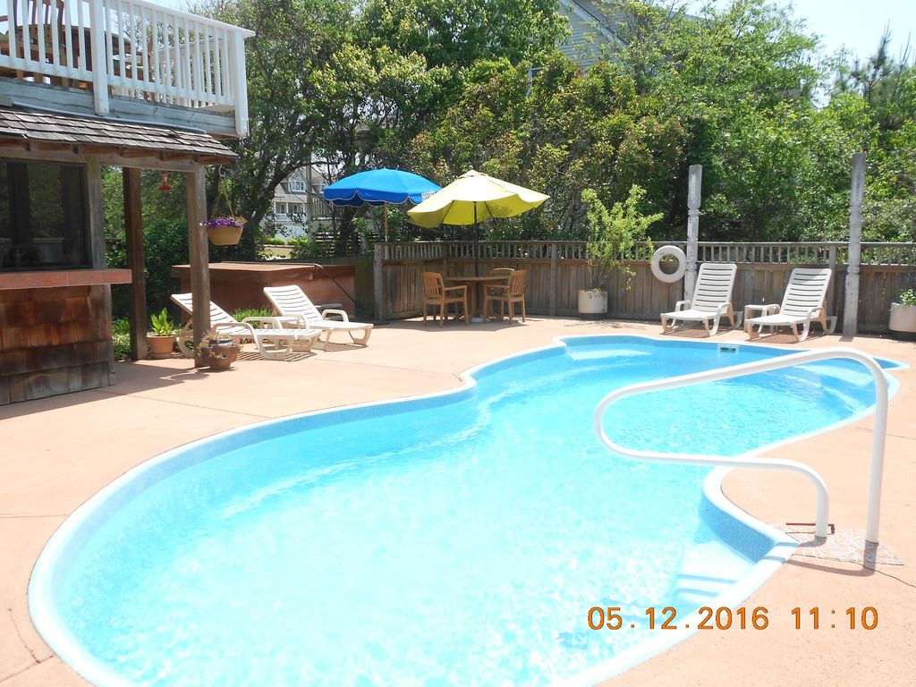 Tiki Time Large Pool On Golf Course Contact Owner For Best Price - Golf kitty hawk nc