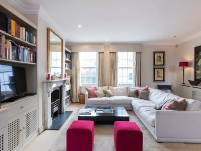 Photo for Beautiful Battersea 3 bed w Garden & WOW factor!