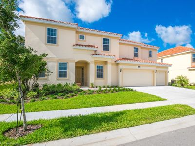 Photo for How to Rent Your Own Private Luxury Holiday Villa on Solterra Resort, minutes from Disney, Orlando Villa 2767