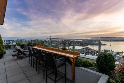 Enjoy evening sunset cocktails with unobstructed harbour views