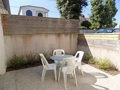 Photo for Apartment Saint-Palais-sur-Mer, 1 bedroom, 4 persons