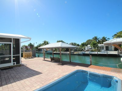 Photo for Bay-Side Beauty🏝️w/ Private Pool near Sombrero Beach