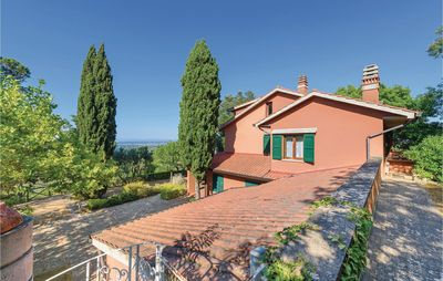Photo for 5 bedroom accommodation in Casciana Terme